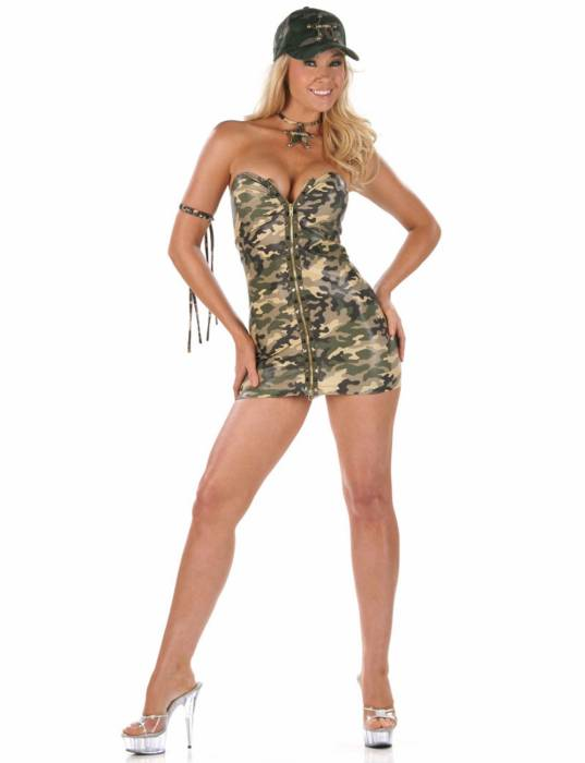 Порно девушки в военной форме